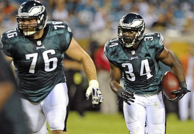 Update: Eagles Apparently Trade Allen Barbre To Denver